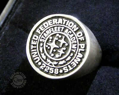 STAR TREK Into Darkness orignal Replica Metall Starfleet Academy Class RING