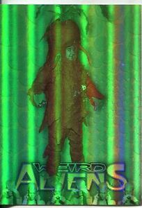 Lost-In-Space-The-Classic-Series-Weird-Aliens-Chase-Card-A6-6