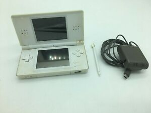 Original-Nintendo-DS-Lite-White-Gameboy-Plays-GBA-DS-Games-Charger-Stylus