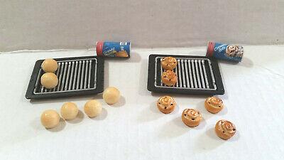 Barbie Doll 1:6 Kitchen Food Miniature Container Cinnamon Rolls