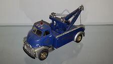 1/34 FIRST GEAR MODEL GARAGE 1952 GMC HEAVY DUTY WRECKER BLUE & SILVER 19-1143
