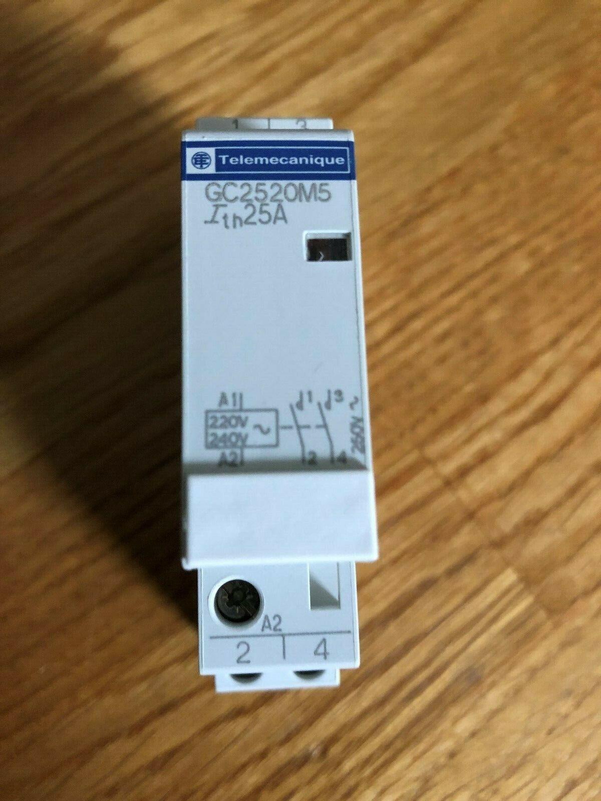 Schneider Electric Modular Contactors GC2520M5