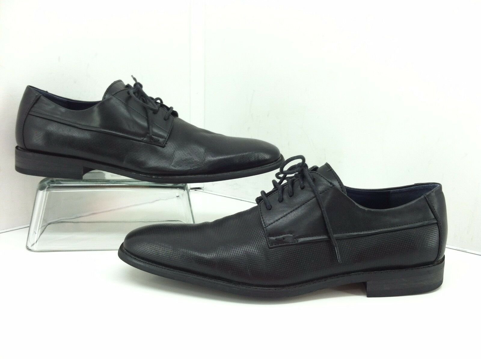 Steve Madden Mens Luuxx Black Leather Perforated Oxfords. Size 11
