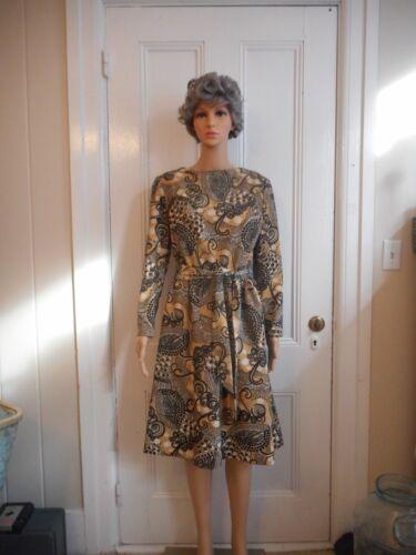 Vintage Sacony Exclusive Dress With Belt - image 1