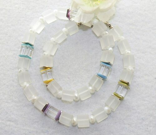 Cadena cadena de cubo de vidrio cubo blanco mate claramente facetada trazos pastel tonos multicolor 468c