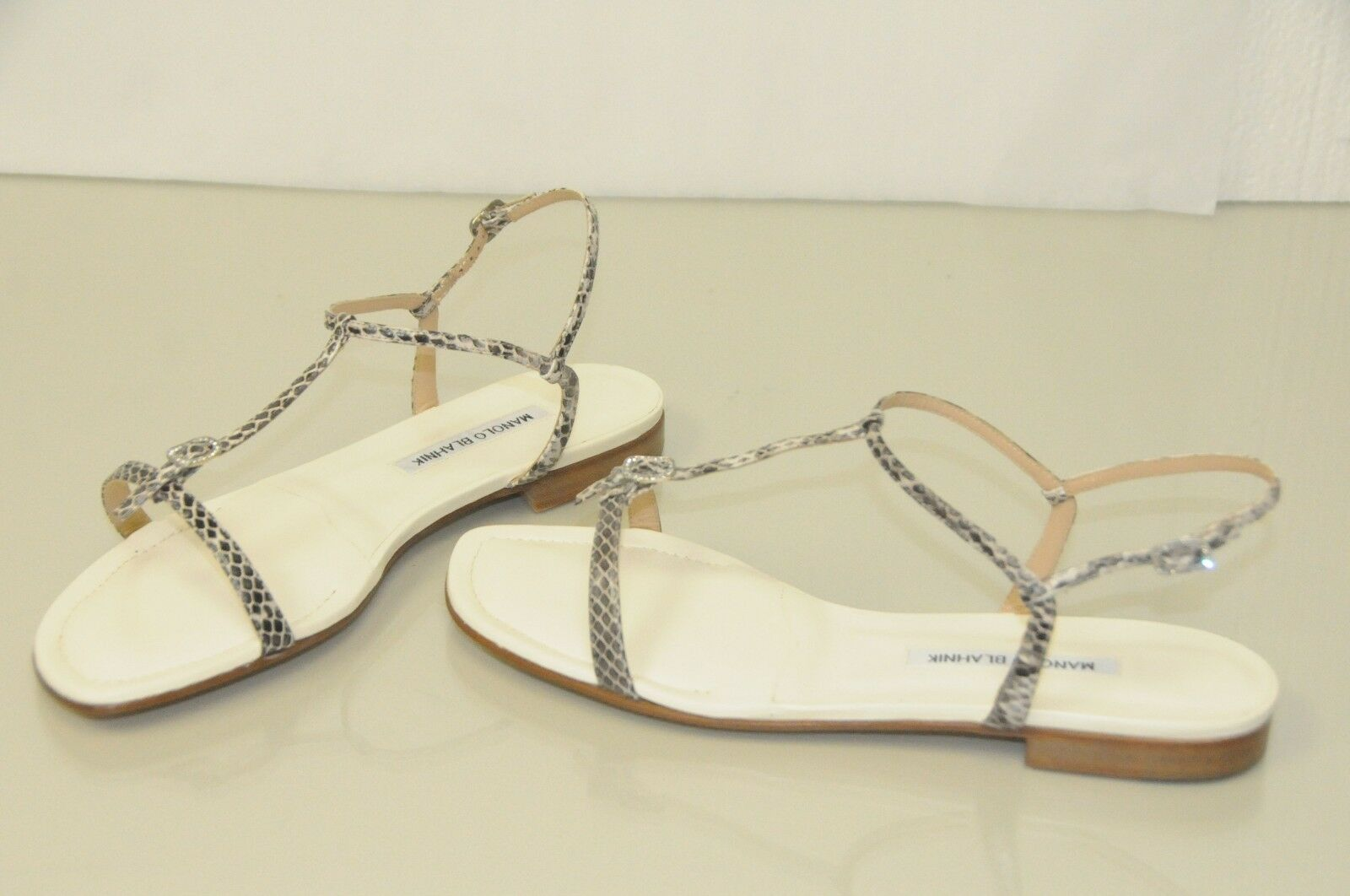 NEW MANOLO BLAHNIK OLONFLAT 10 Natural Ivory SNAKE Crystals Flats SANDALS 40.5