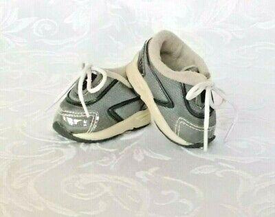 American Girl RETIRED Girl of Today Grey Sneakers 2002 NIB