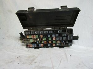 Ford E150 E250 E350SD Fuse Box Relay Junction Block 09 10 ...
