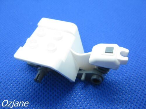 LEGO PART 30187b TRICYCLE WHITE WITH DARK BLUISH GREY CHASSIS