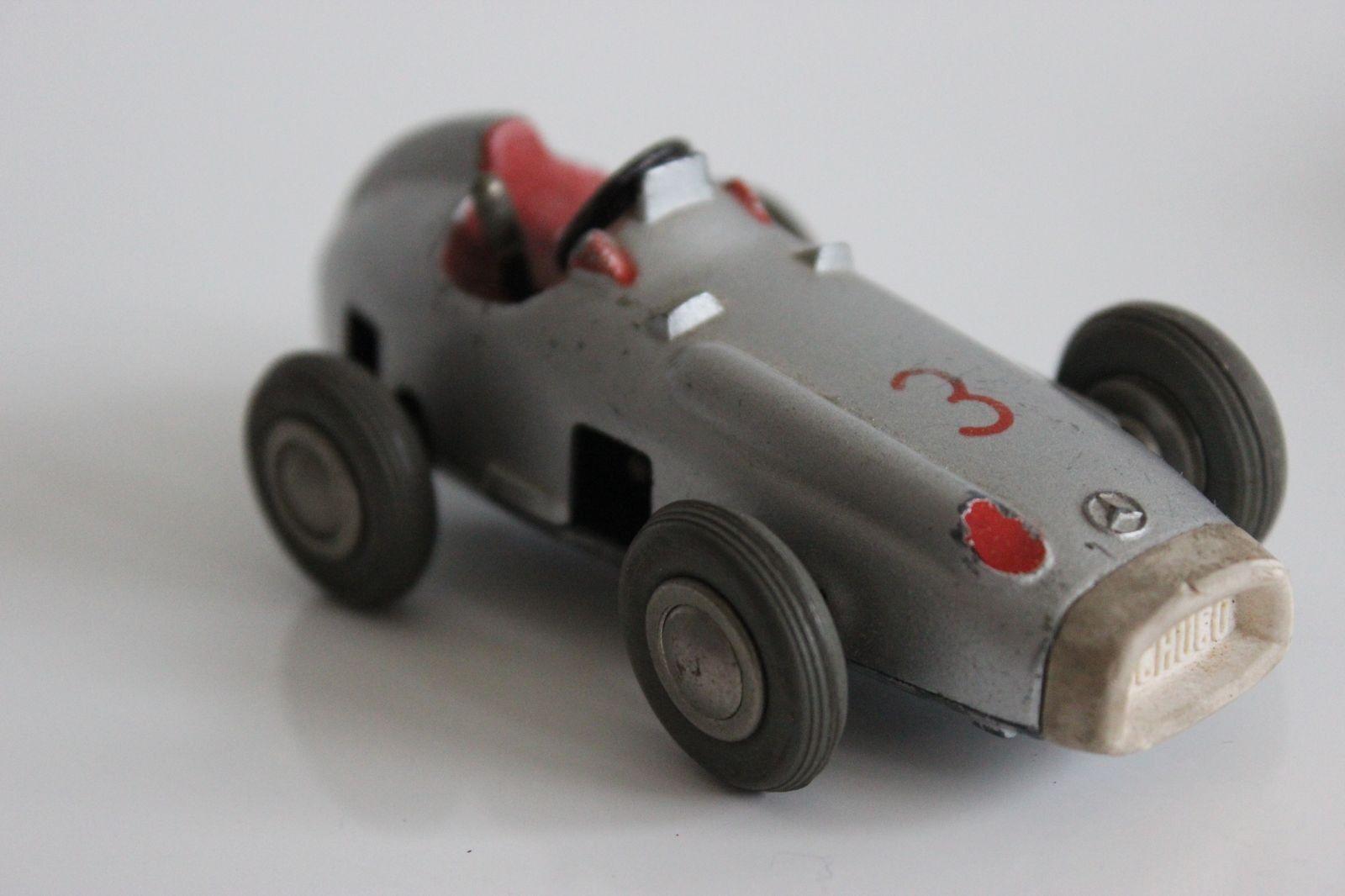 Ancienne voiture en métal Mercedes benz F1 F1 F1 1930 par Schuco 1 43 1043 D.B Patent a2a33d