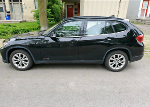 2014 Black BMW X1 includes Winter Tires