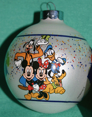 DISNEY 4 PARKS 2009 CELEBRATE EVERYDAY FAB 5 GLASS BALL CHRISTMAS ORNAMENT NEW