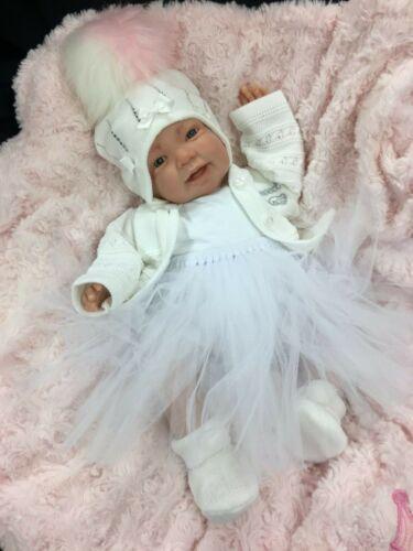 REBORN BABY GIRL FIRST REBORN WHITE//CREAM TUTU OUTFIT BLING POM POM HAT 0135SU