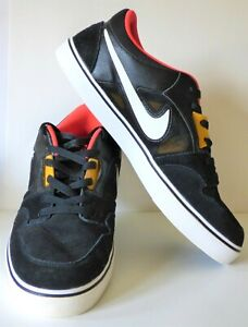 Men-039-s-NIKE-Ruckus-Black-Suede-Skateboard-Shoes-Sneakers-555318-076-Size-13-Med