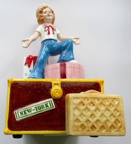1984 NOSTALGIA SHIRLEY TEMPLE LITTLE MISS THE TALKIES MUSIC BOX w BOX