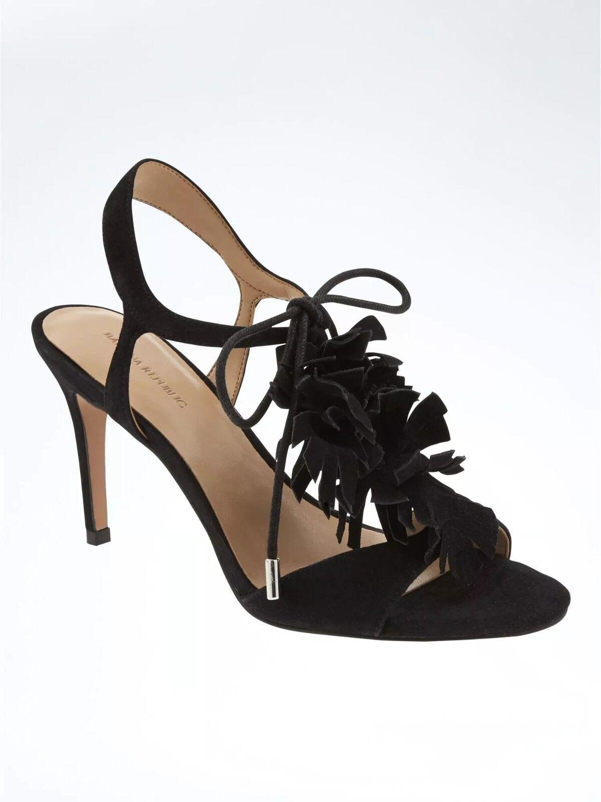 Banana Republic T-Strap High Heel Sandale, Biscotti SIZE 7 M       #683619 v615
