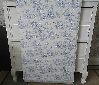 Vintage Shabby Chic Toile Wallpaper White Pale Blue Traditional Cottage Salon 56