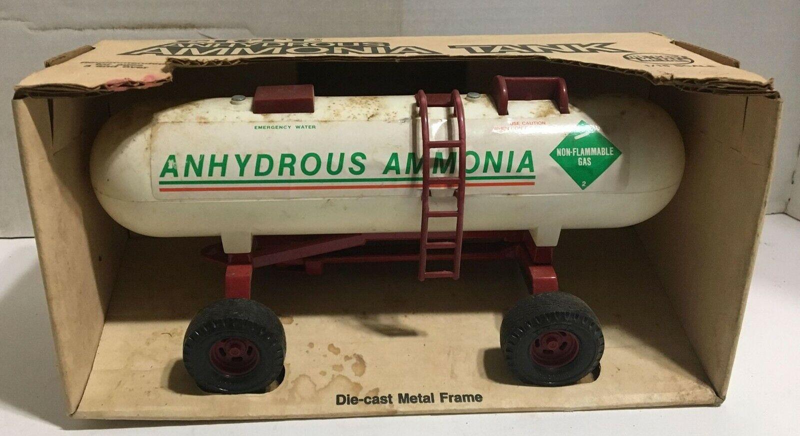 Ertl 1 16 Anhydrous Ammonia Tank With Original Box Lot 1