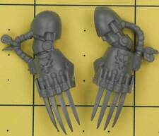 Warhammer 40K Space Marines SW Wolf Guard Terminator Lightning Claws (C)