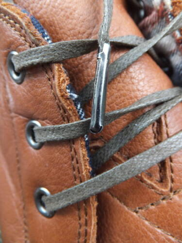 Metal Tipped brouge dress shoe trainer Waxed Cotton Shoelaces 4mm Flat Brown