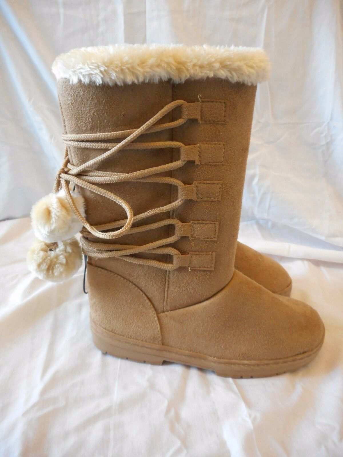 Women's Rue 21 Lace Up Faux Fur Poms Boots Brown Size Medium 7/8 NEW