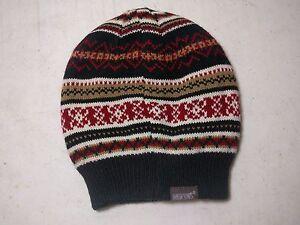 Muk-Luks-Reversible-Acrylic-Hat-Beanie-Ski-Winter-Black-Diamonds-Snowflakes