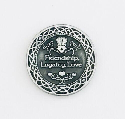 "/""FRIENDSHIP PEWTER POCKET PRAYER COIN // MEDAL LOYALTY CLADDAGH LOVE/"""