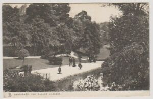 Yorkshire-North-postcard-Harrogate-The-Valley-Gardens-P-U-1905