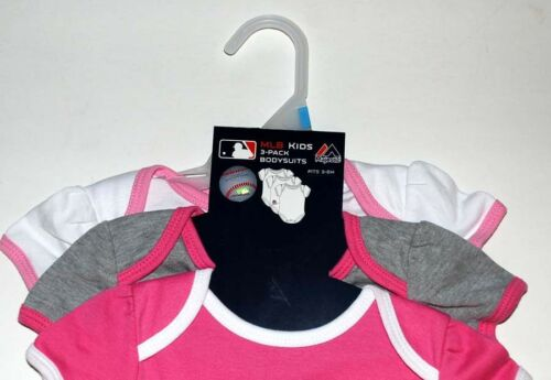 3-6,6-9,12,18 months Majestic NWT Boston Red Sox BABY Girl 3-pak one-pieces 0-3