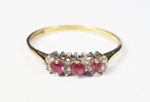 Vintage 9ct gold 0.17 CTW Ruby & Zirconia Ring, Size Q UK (8 1 2 US)