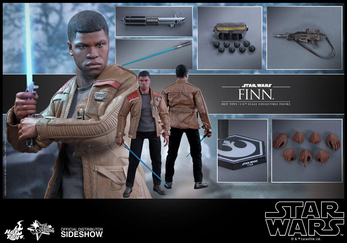 Hot Toys Star Wars: The Force Awakens FINN 12