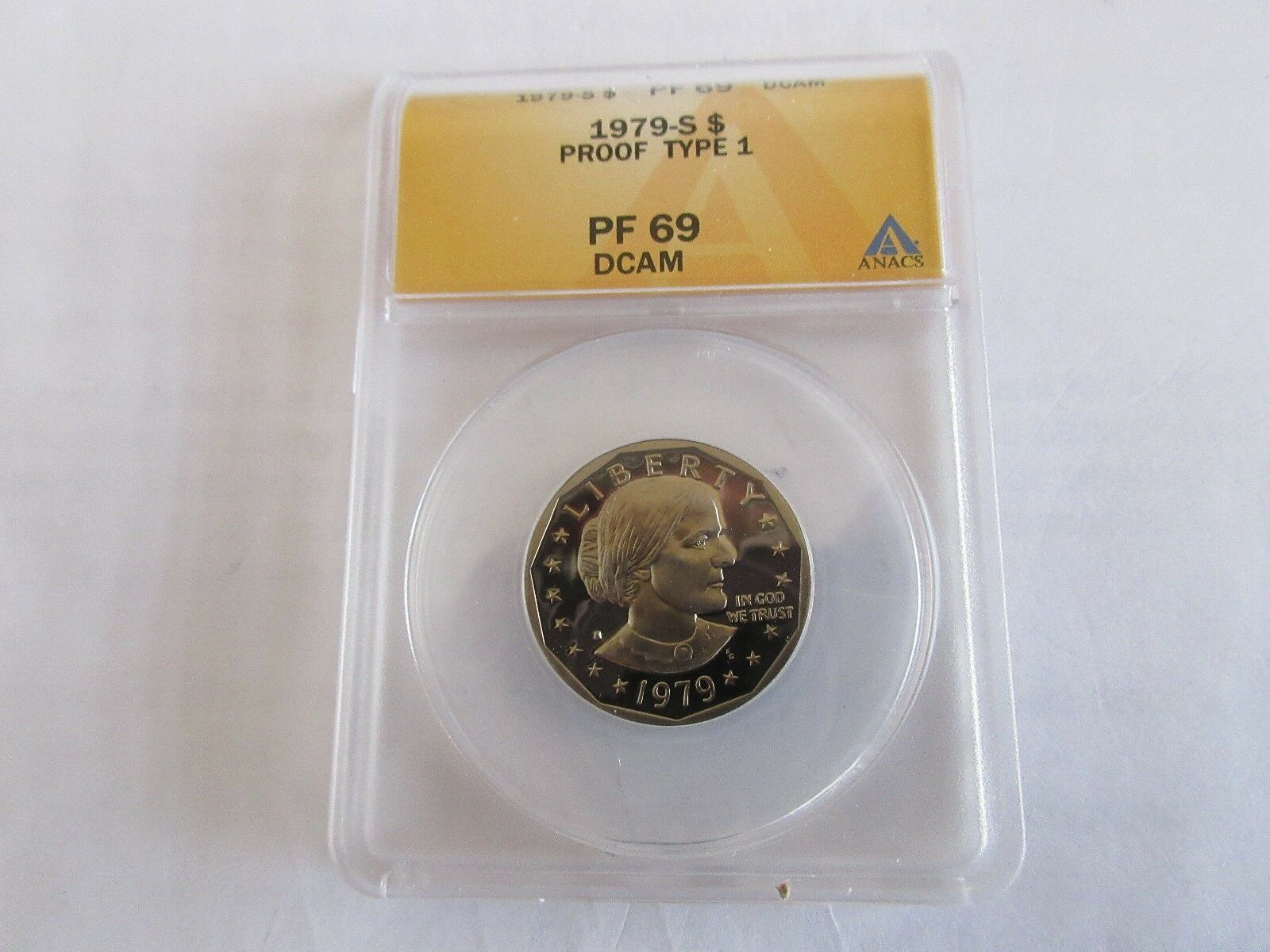1979-S . Susan B. Anthony Dollar , Proof Type 1 , DCAM