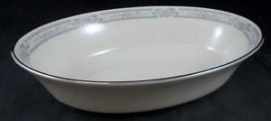 Lenox-CHARLESTON-Oval-Vegetable-Bowl-no-signs-of-use-GREAT-CONDITION