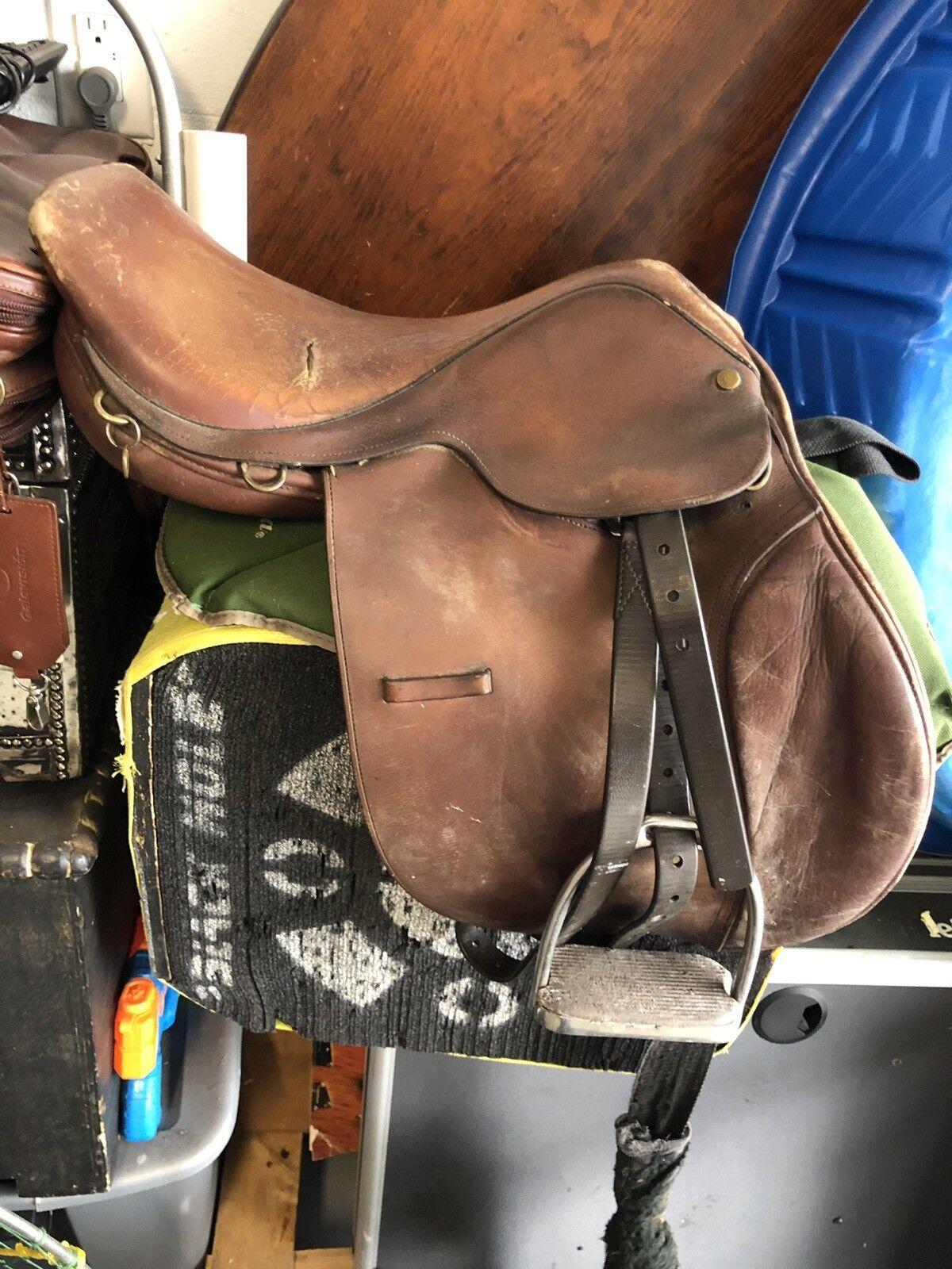 Lancer Leather Saddle with Stirrups 17 Inch