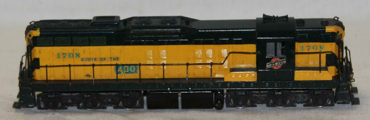 Tenshodo HO Scale NorthWestern 1708 SD-9 Brass Locomotive Needs Work
