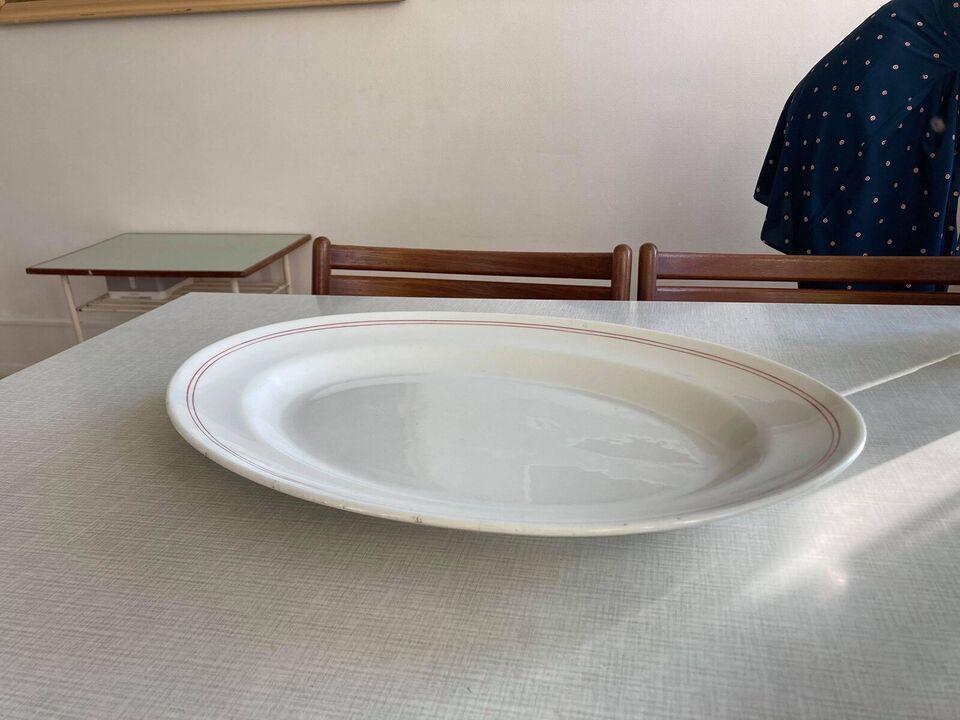 Porcelæn, Fad, Københavns porcelains fabrik