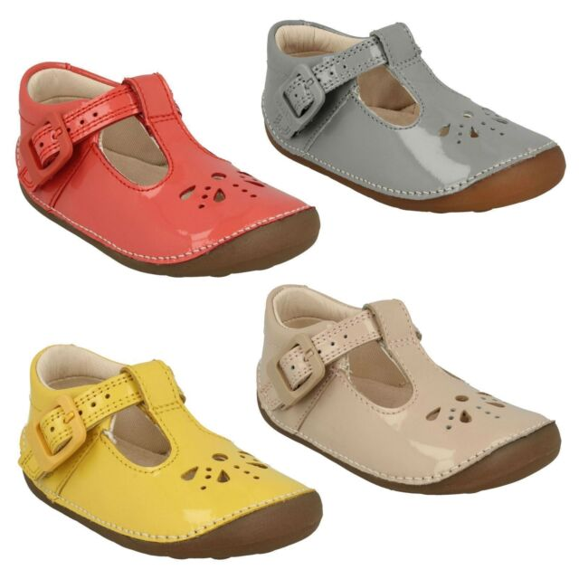 GIRLS CLARKS LEATHER T-BAR BUCKLE FASTENING FIRST CRUISER SHOES LITTLE WEAVE