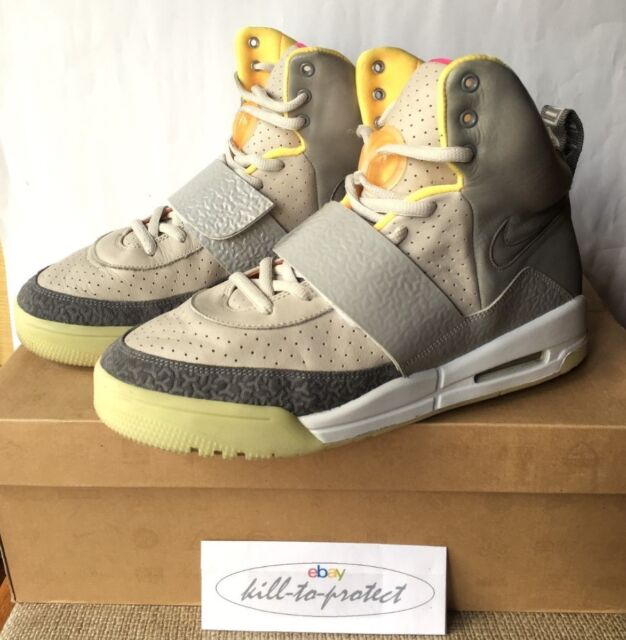 7202b80e19ab90 Nike Air Yeezy 1 One Zen Grey US 10 UK 9 Tan 366164-002 Glow Kanye West  Solar for sale online