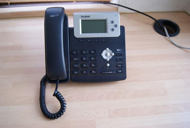 Yealink SIP-T22P Enterprise Executive IP Phone 6 Line HD Voice Telephone Headset