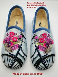Ladies Slipper  -  DeValverde - 6027 Ducados  & Gris (Removeable Footbed) Flores