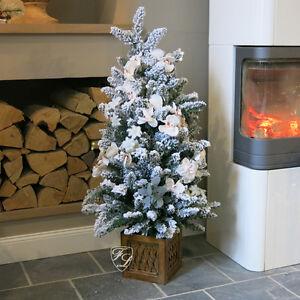weihnachtsbaum christbaum geschm ckt blumenschmuck lichterkette weihnachten 110. Black Bedroom Furniture Sets. Home Design Ideas