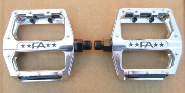Pedals Freeagent FA Free Agent BMX Alloy Platform Body Molded Pins-Chromoly 9//16