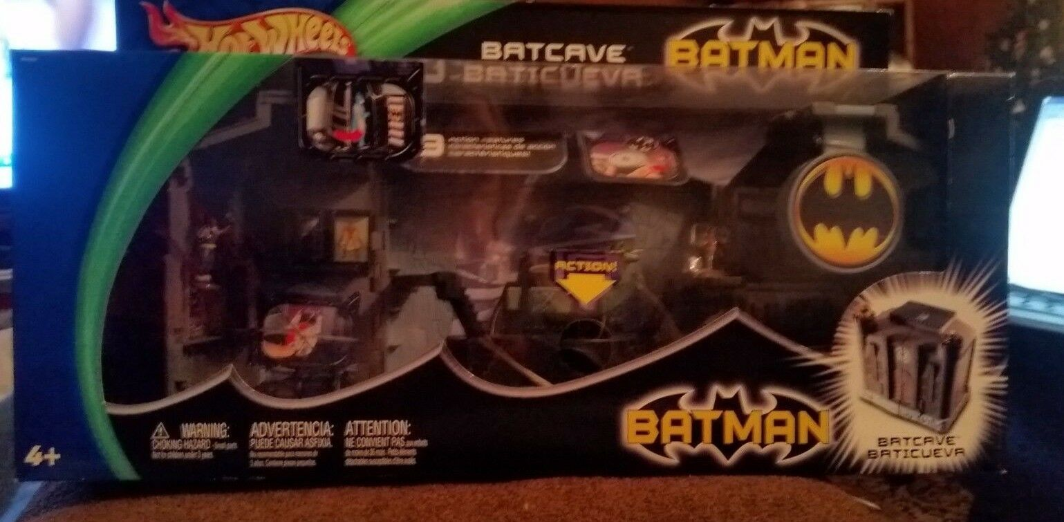Batman Batcave Playset By Hot Wheels Rare New 2003