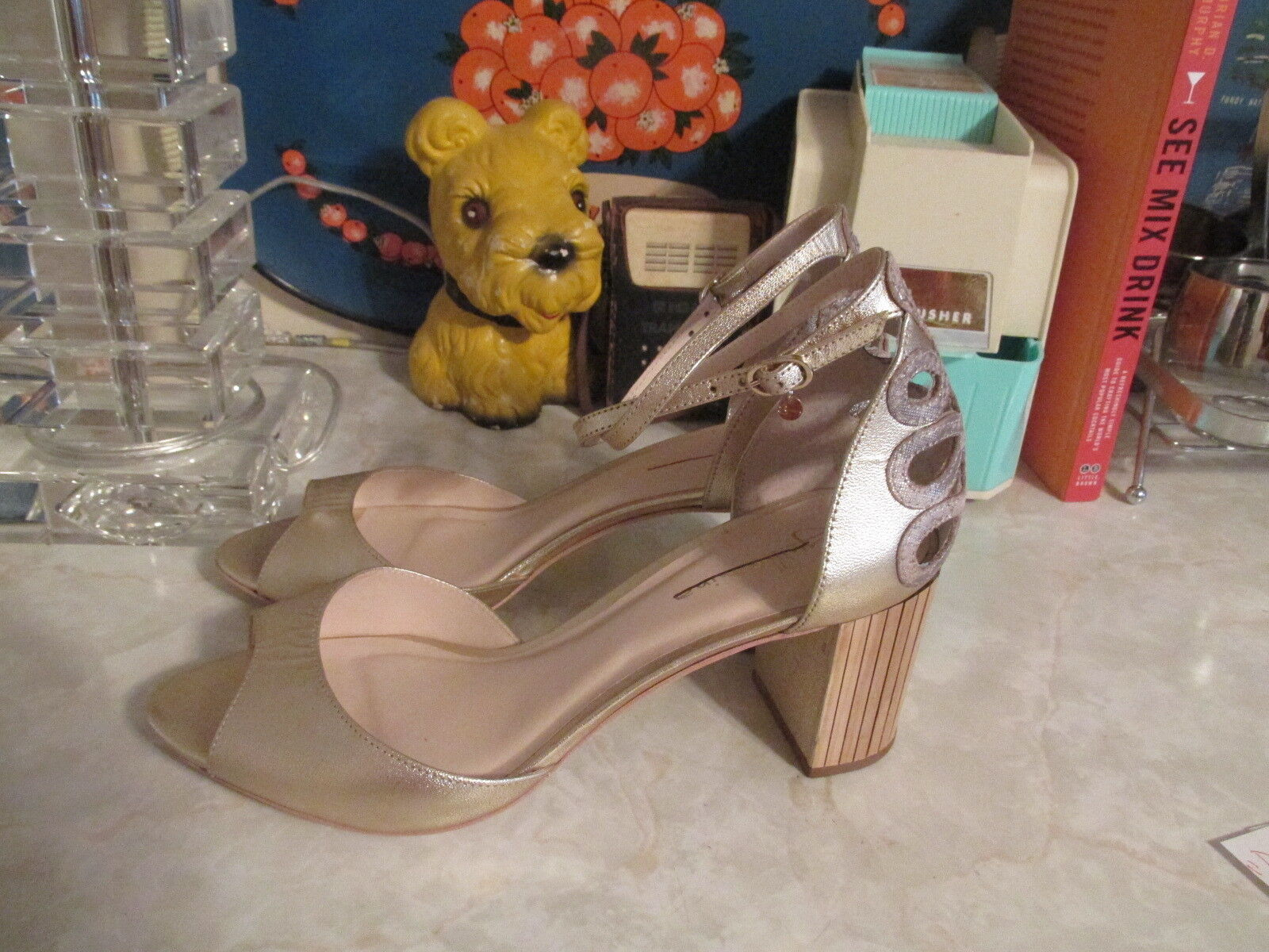 Guilhermina donna's donna's donna's Bechette oro Leather Ankle Strap Heels US 9 NWOB fa97cb
