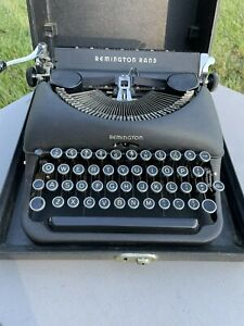 Vintage 1940s Remington Rand, Deluxe Model 5, Typewriter with Case, WORKS