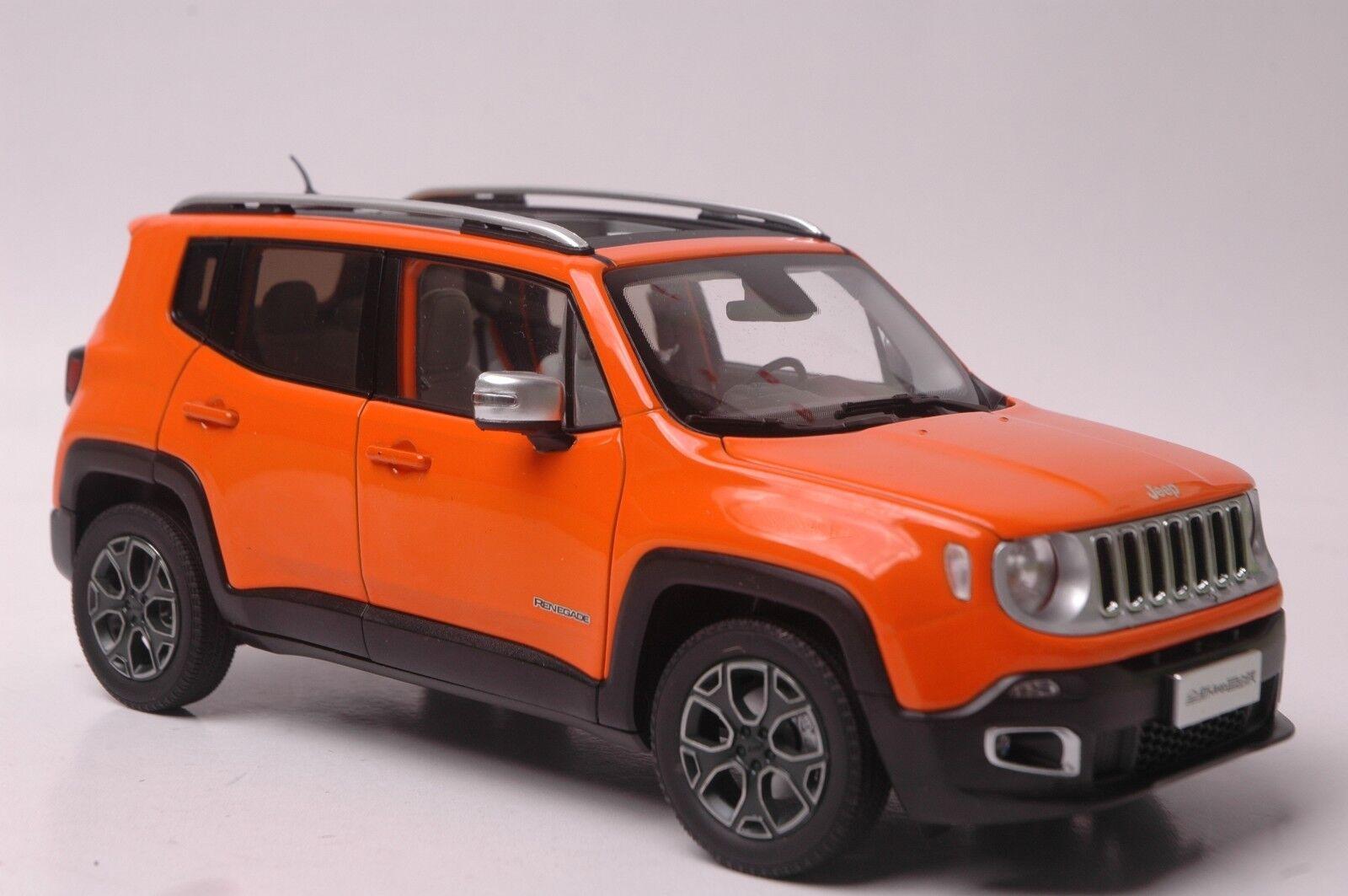 Jeep Renegade car model in scale 1 18 arancia
