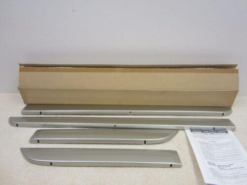 MAZDA 3 NEW OEM 5 DOOR SIMMERING SAND GARNISH MOULDING BN8P-V3-100F28 #69-7N