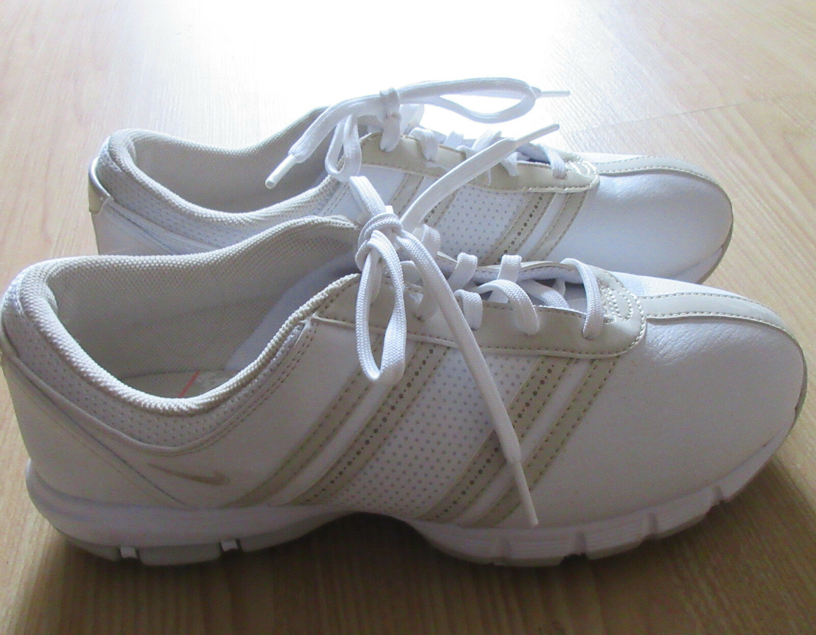 Nike Delight Tac Spikes White & Birch Women's Golf Shoes Comfortable Casual wild
