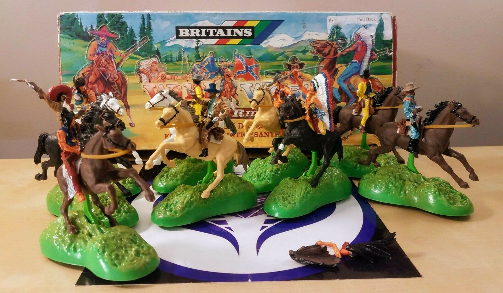 LARGE LOT OF BRITAINS WILD WEST POWER RIDERS