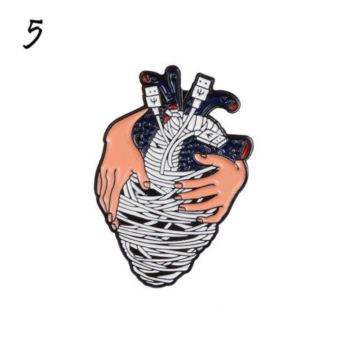Anatomique coeur émail broche dessin animé insigne vêtements épinglette